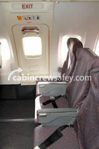 86000006 - Cabin Crew Safety Boeing 737NG OWExit Touch Training Poster (paper)